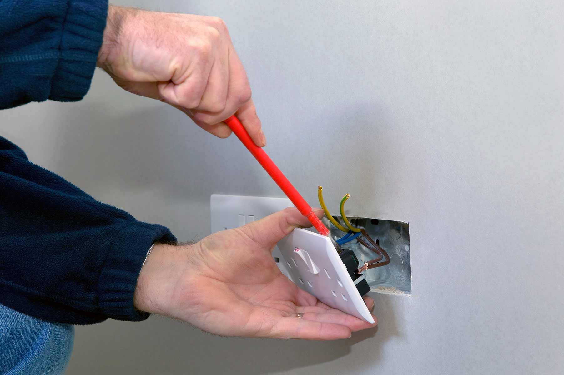Our electricians can install plug sockets for domestic and commercial proeprties in Teddington and the local area.